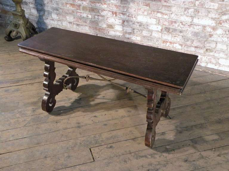 18th Century and Earlier Spanish Baroque 17th century walnut Flip-Bench or Low Table For Sale