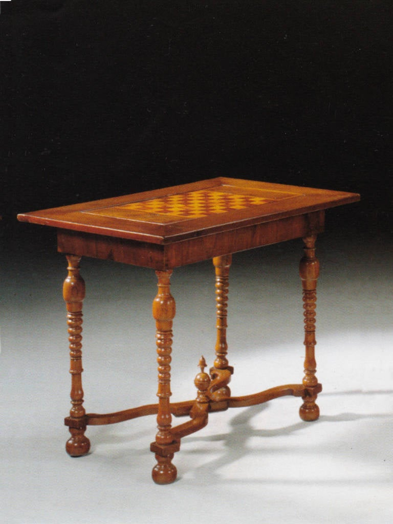 German 18th century games or center table for sale at 1stdibs for Table th center