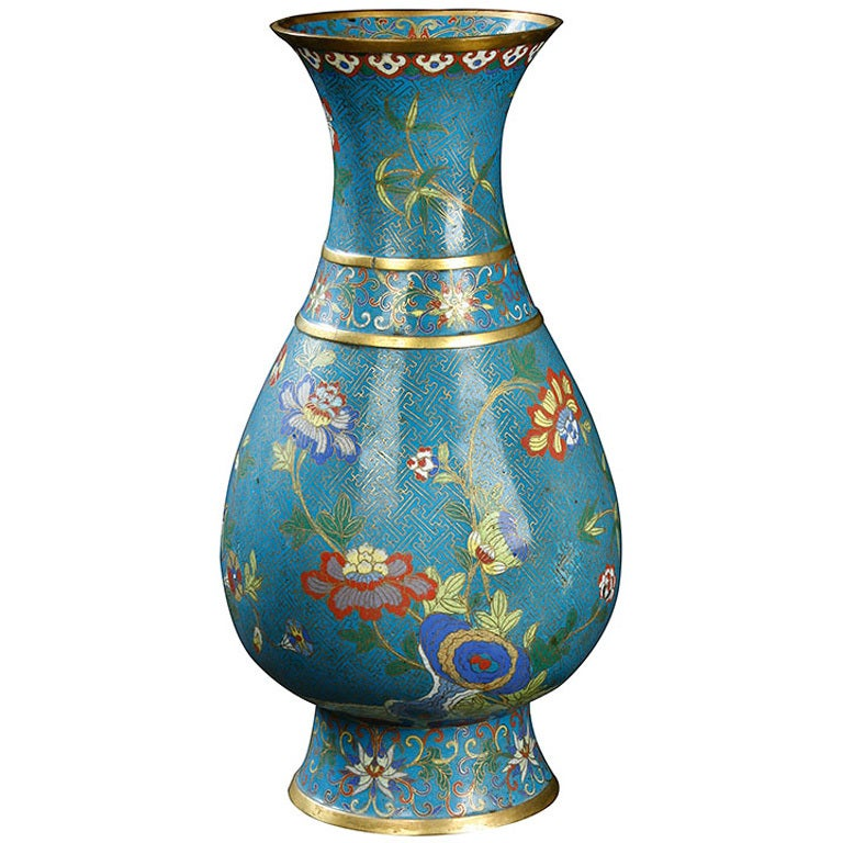 Chinese cloisonne vase at 1stdibs for Oriental vase and furniture
