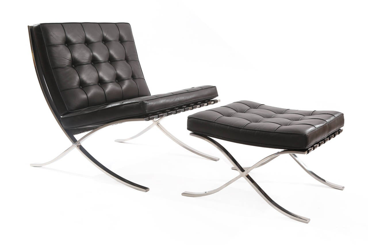 early pair of knoll barcelona chairs and ottoman by mies van der rohe at 1stdibs. Black Bedroom Furniture Sets. Home Design Ideas