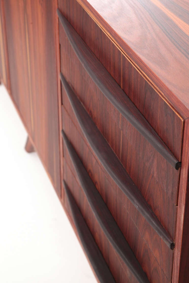 incredible brazilian rosewood credenza at 1stdibs. Black Bedroom Furniture Sets. Home Design Ideas