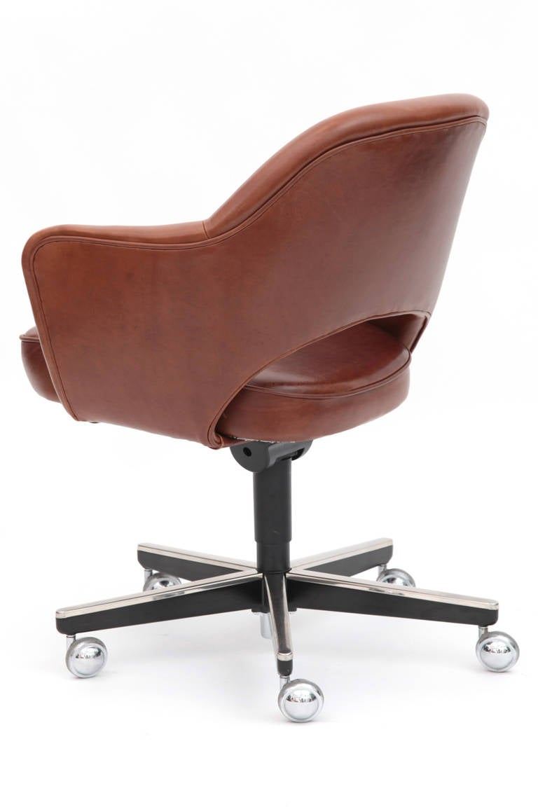 of saarinen for knoll executive office chairs is no longer available