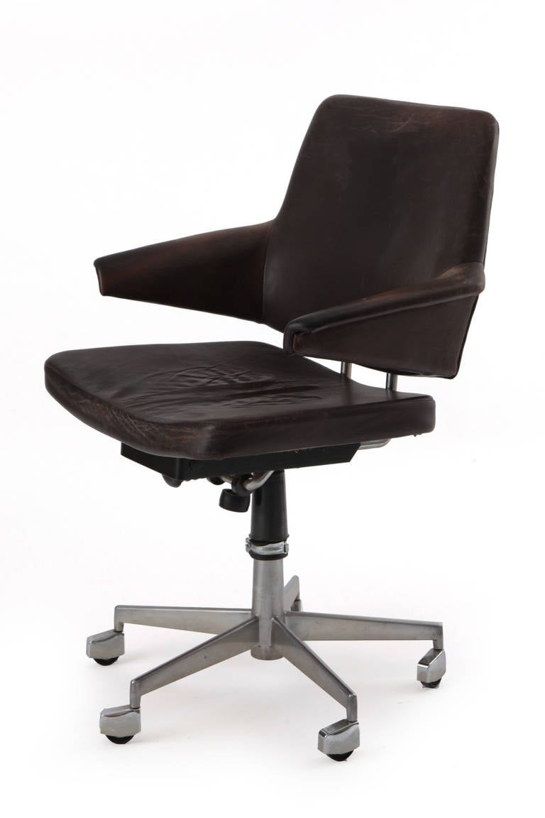 chic desk chair chic leather and steel office chair early 1970s at 13527