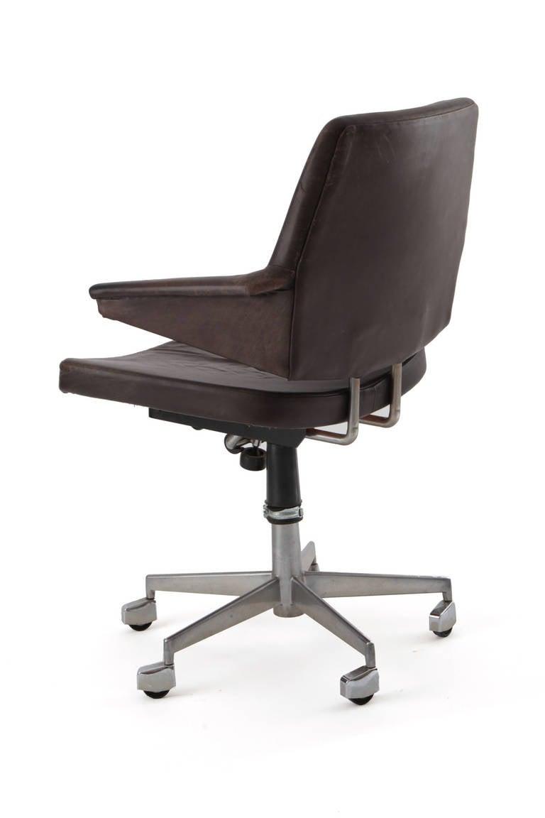 Houseofauracom Steel Office Chairs Personalized  : IMG0093l from houseofaura.com size 768 x 1152 jpeg 33kB