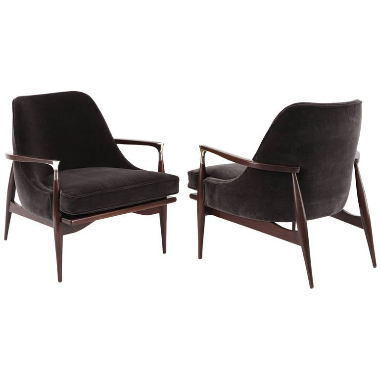 Sculptural Pair Of Lounge Chairs By Ib Kofod Larsen 1