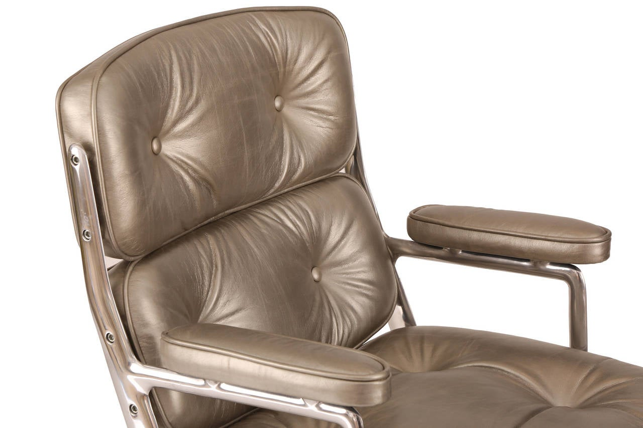 silver leather eames for herman miller time life office chair image 4