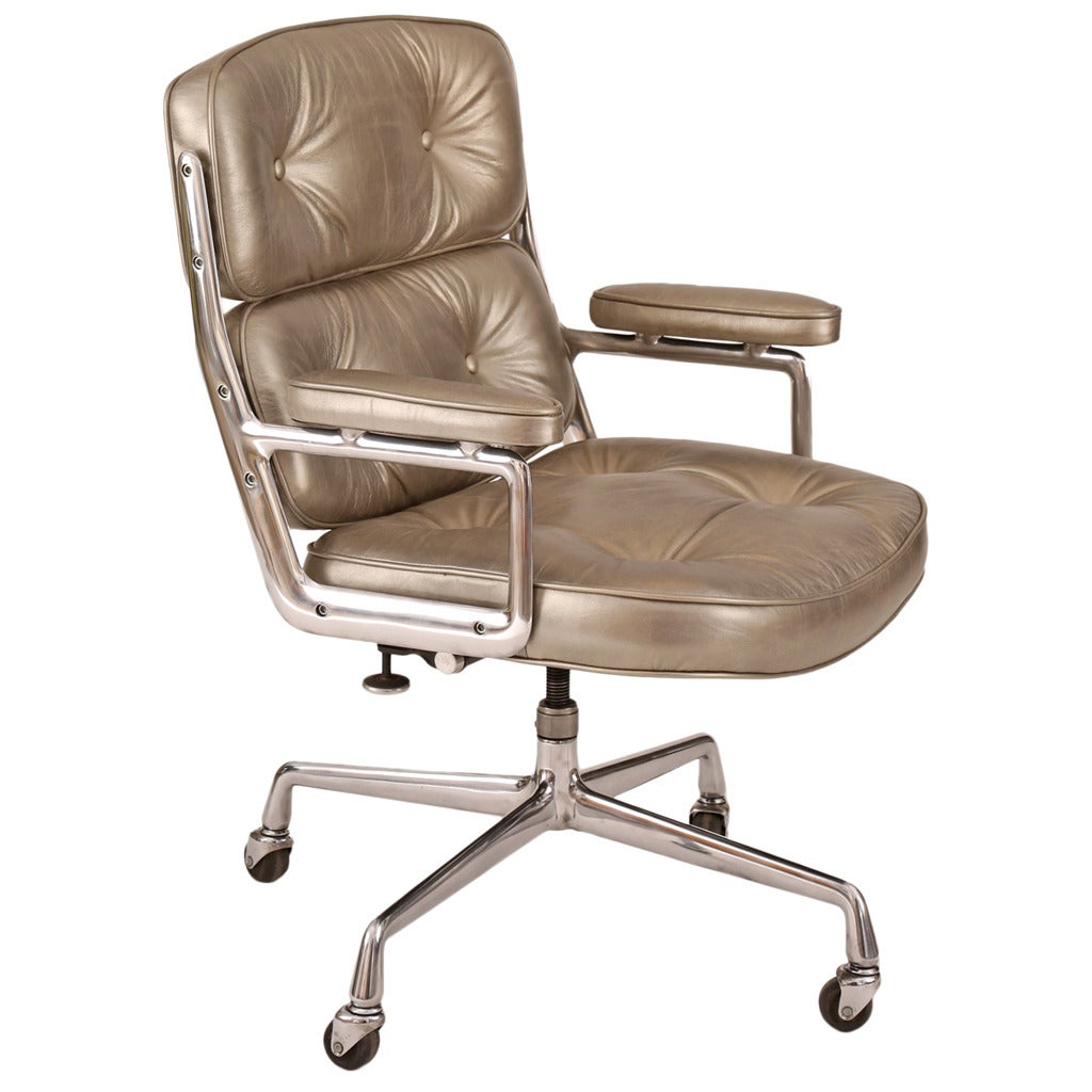 silver leather eames for herman miller time life office