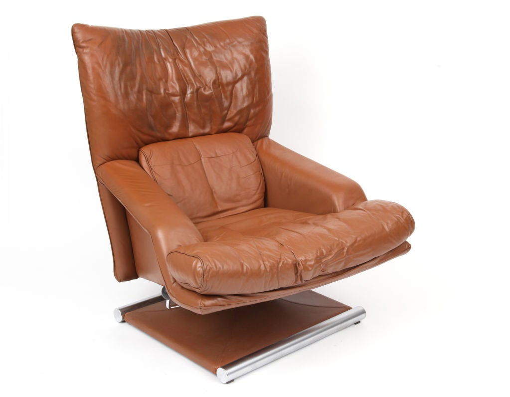 rolf benz swivel lounge chair and ottoman at 1stdibs. Black Bedroom Furniture Sets. Home Design Ideas