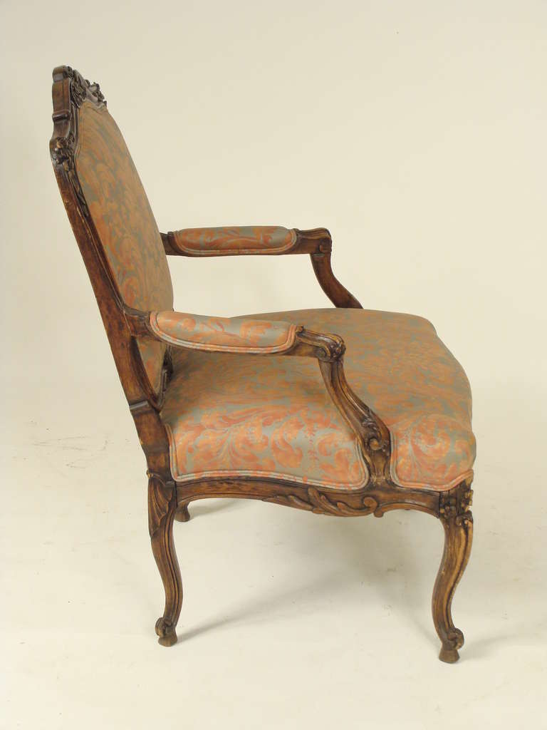 louis xv style fauteuil with fortuny upholstery at 1stdibs. Black Bedroom Furniture Sets. Home Design Ideas