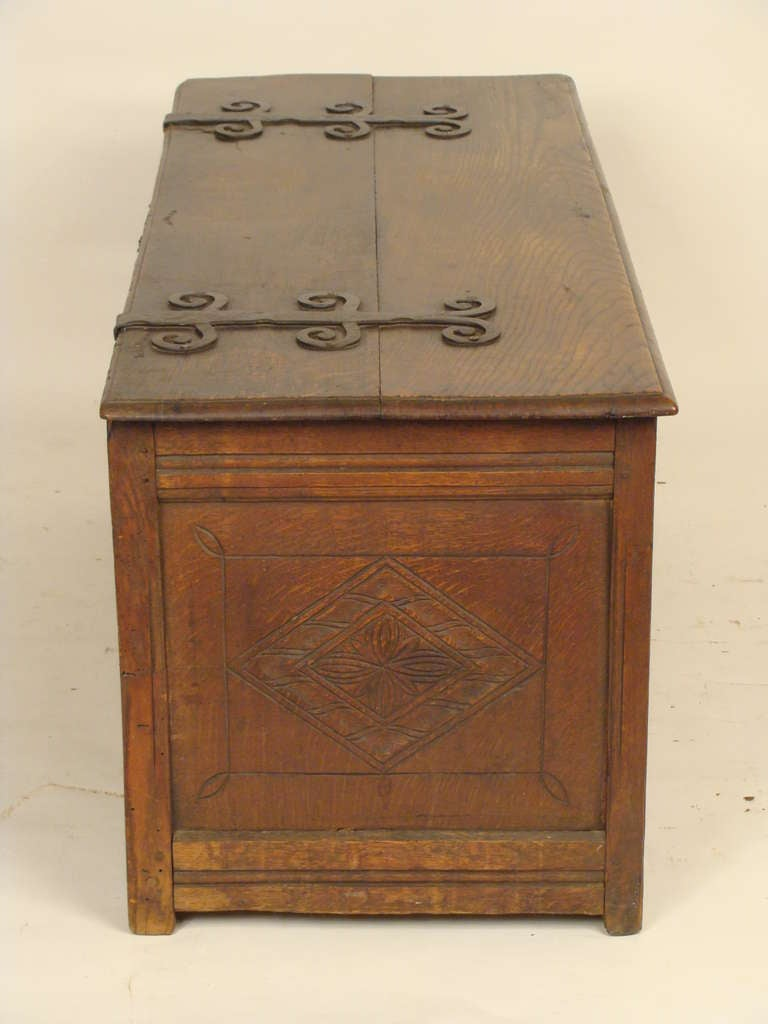 Antique Tudor Style Trunk At 1stdibs