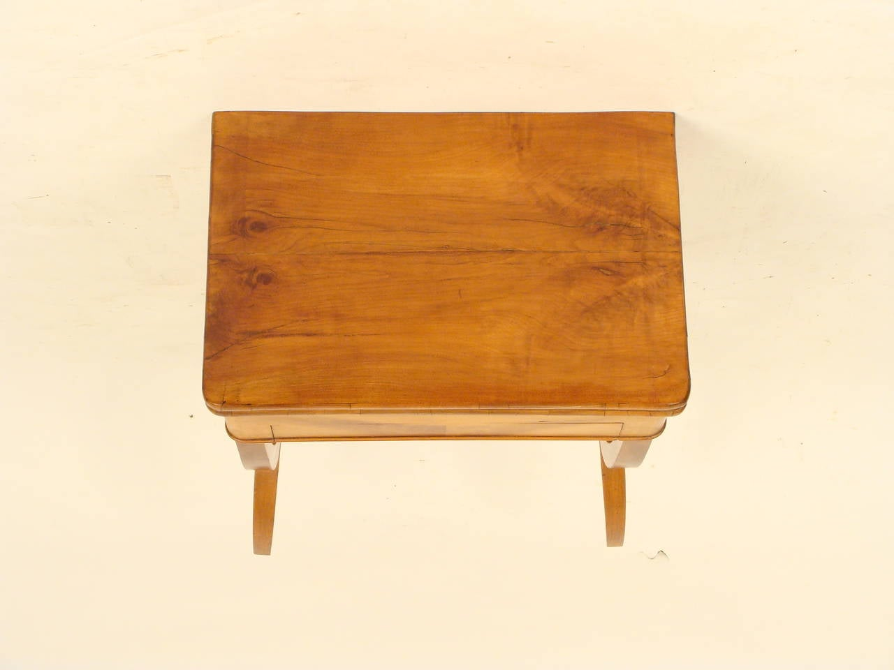 Louis philippe style games table at 1stdibs - Table ronde style louis philippe ...