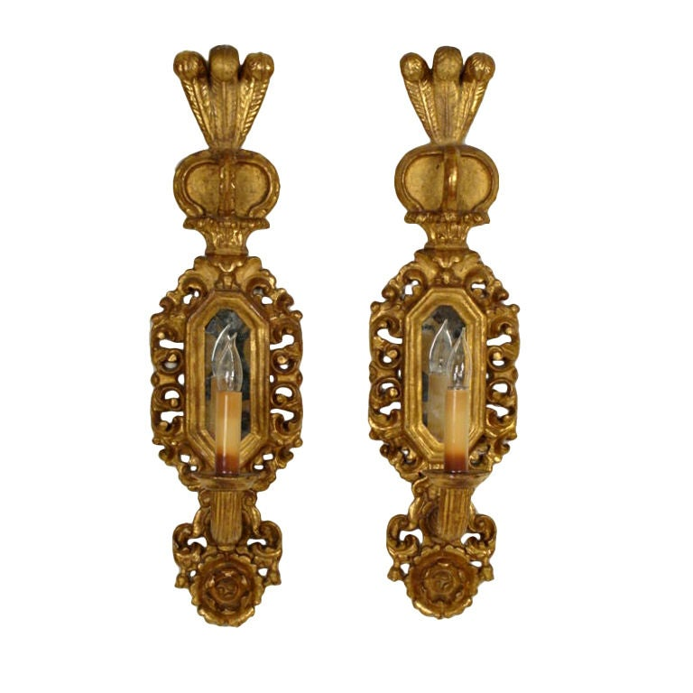 Italian Made Wall Sconces : Pair of Italian Giltwood Wall Sconces For Sale at 1stdibs