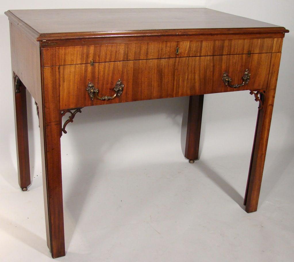 George iii mahogany architect 39 s desk at 1stdibs for Architecte desl definition