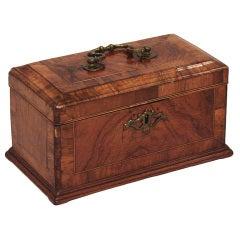 George III walnut rosewood crossbanded tea caddy