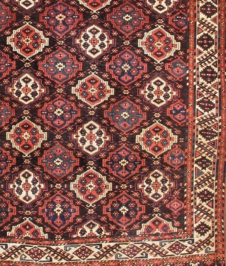 Late 19th Century Red Chodor Main Carpet with Light Highlights In Excellent Condition For Sale In San Francisco, CA