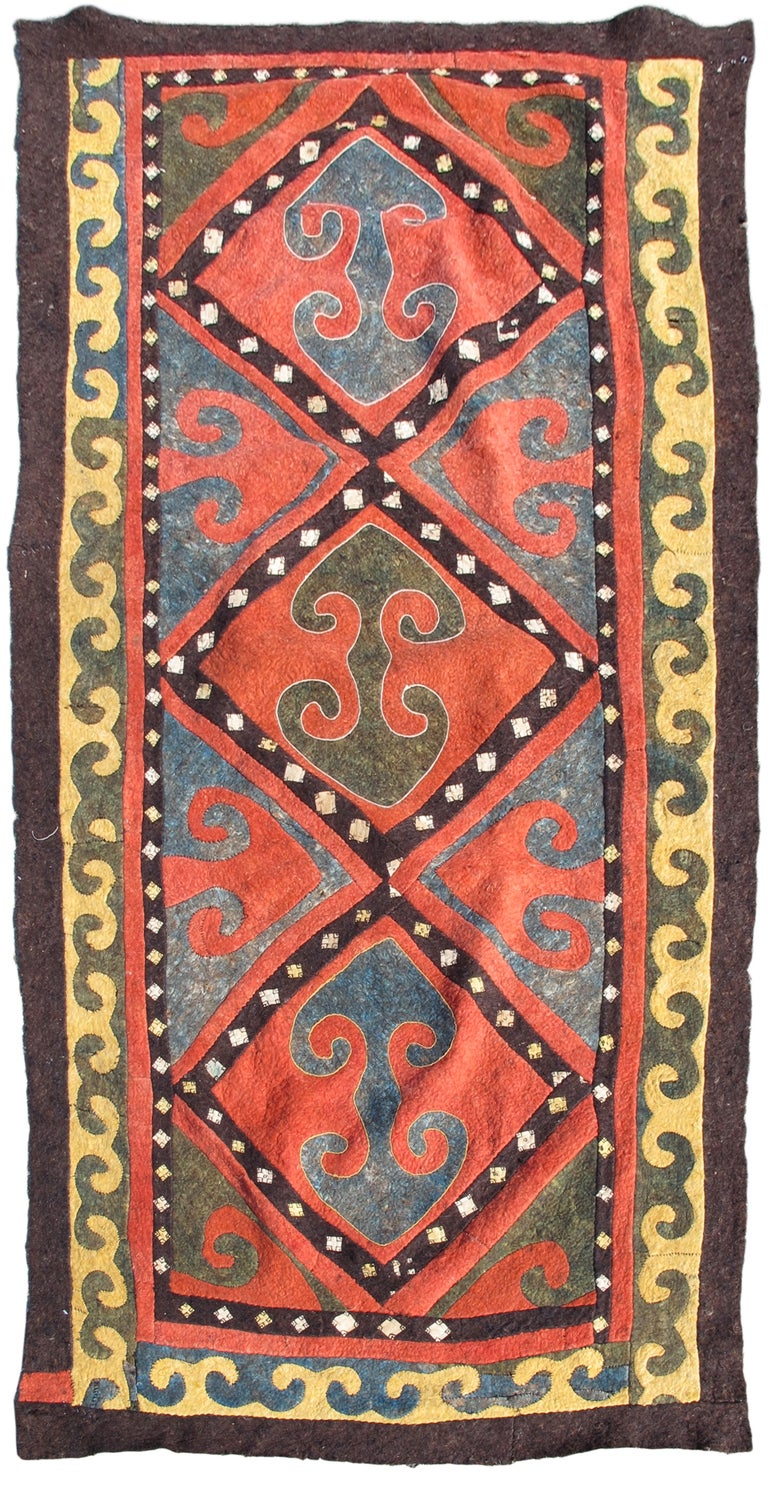 Early 20th Century Red and Blue Kyrgyz Felt Rug For Sale
