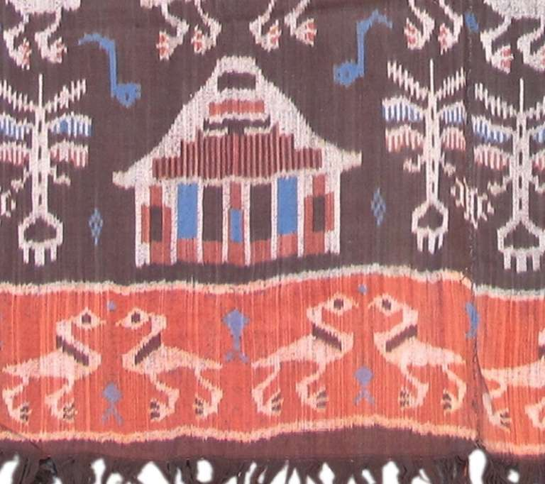 Indonesian 20th Century Vintage Geometric Ikat Textile Rug For Sale