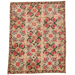 Late 19th Century Light Tan Suzani Embroidered Textile with  Quatrefoil Clusters