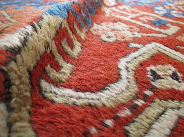 Anatolian Konya Rug with Apricot Hues In Excellent Condition For Sale In Oakland, CA