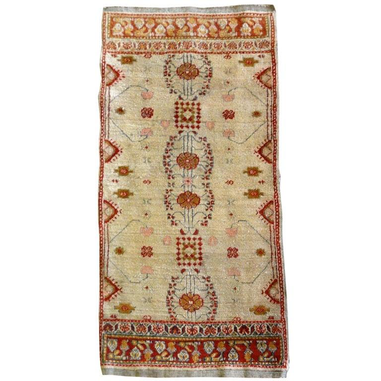 Deep Burgundy Indian Agra Rug For Sale At 1stdibs: Late 19th Century Indian Agra Rug At 1stdibs