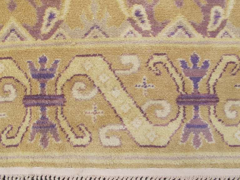 Early 20th Century Gold Colored Spanish Carpet with Voilet Patterns For Sale 3