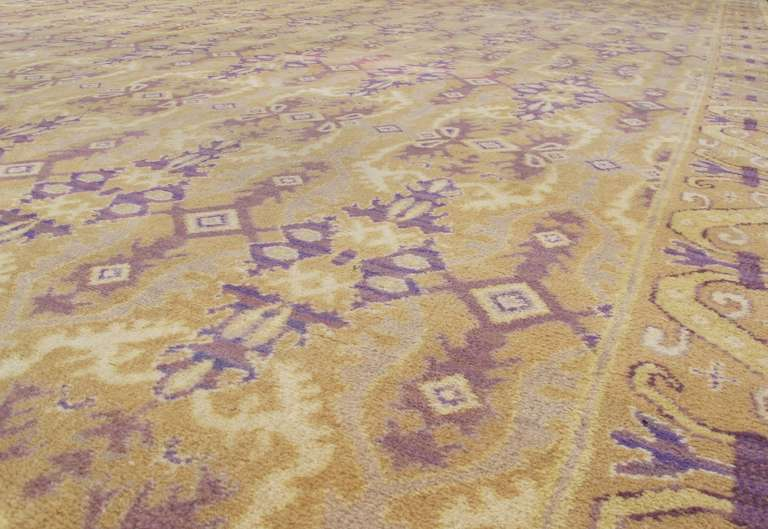 Early 20th Century Gold Colored Spanish Carpet with Voilet Patterns In Excellent Condition For Sale In San Francisco, CA