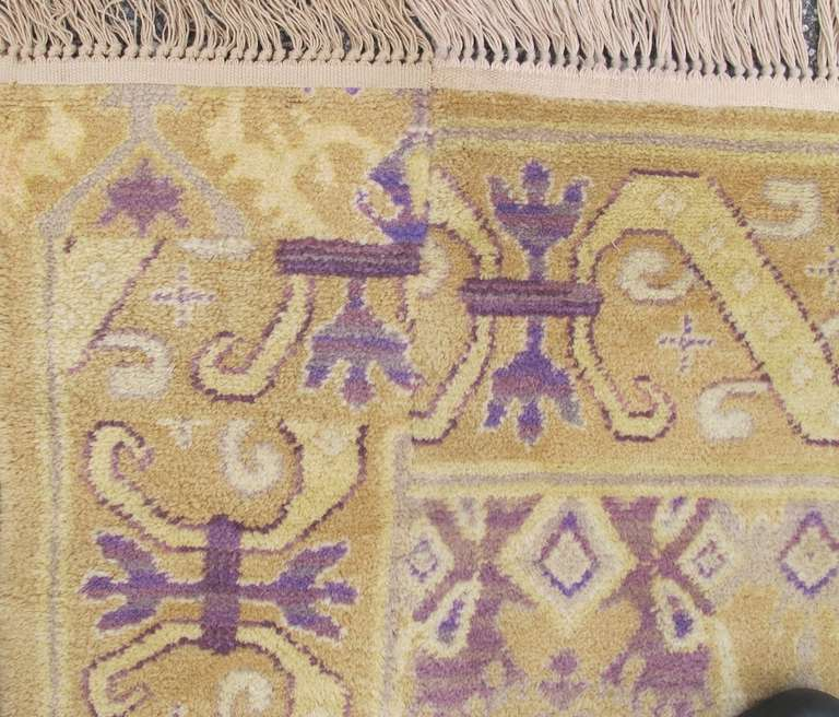 Early 20th Century Gold Colored Spanish Carpet with Voilet Patterns For Sale 2