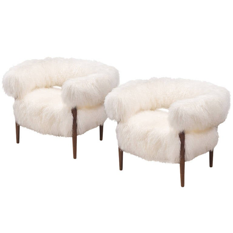 Nanna Ditzel: A Pair Of Rare Fur Upholstered And Wenge Ring Chairs For Sale