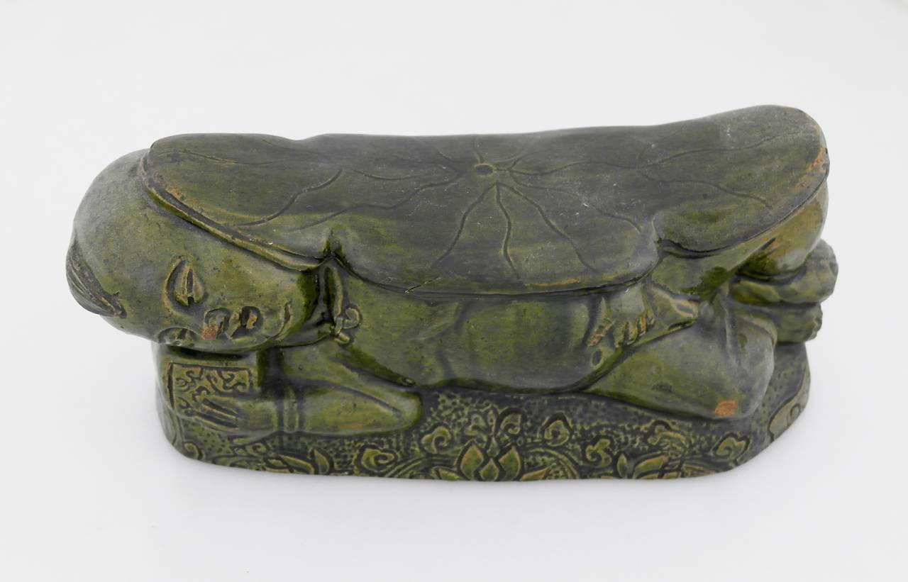 16th Century Chinese Green Terracotta Lotus Motif Pillow For Sale 6