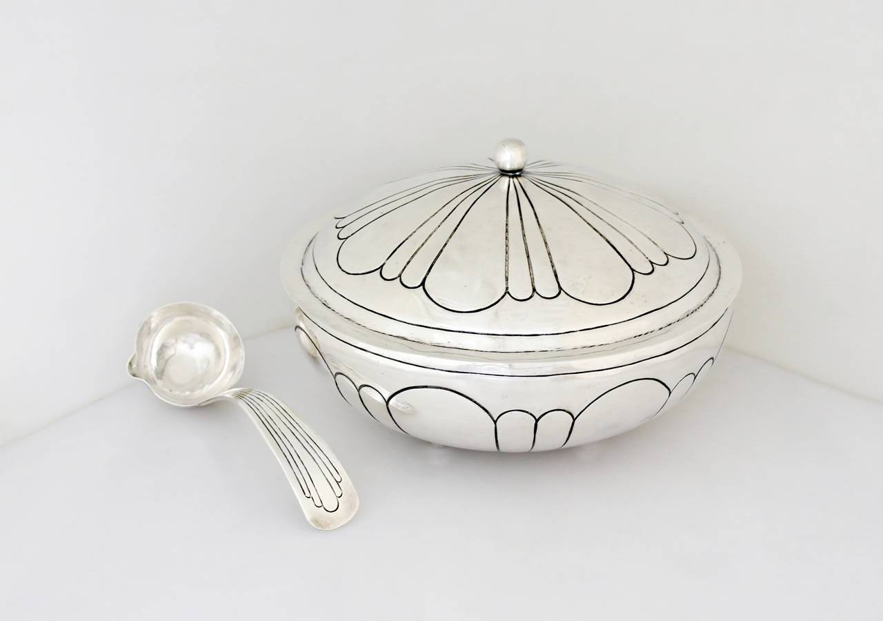 maciel art deco sterling silver serving bowl with lid and