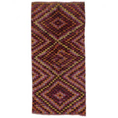 Three-Diamond Tulu Rug
