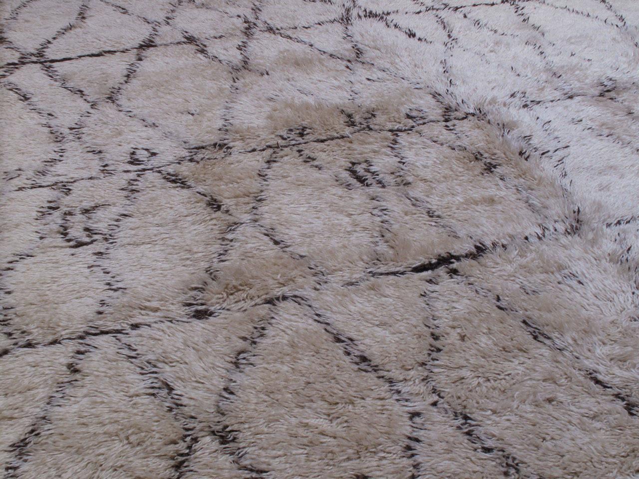 Tribal Large Beni Ouarain Moroccan Berber Carpet