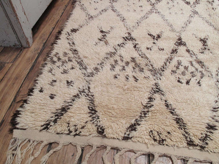 Hand-Knotted Beni Ouarain Moroccan Berber Rug For Sale