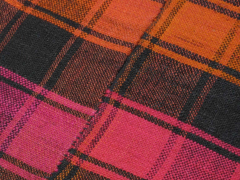 Plaid Cover Rug In Good Condition For Sale In New York, NY