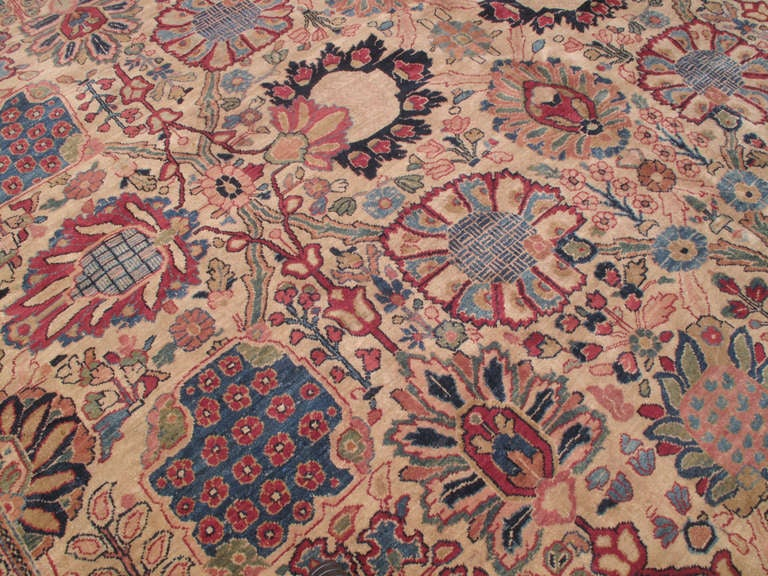 Antique Tabriz Carpet In Good Condition For Sale In New York, NY