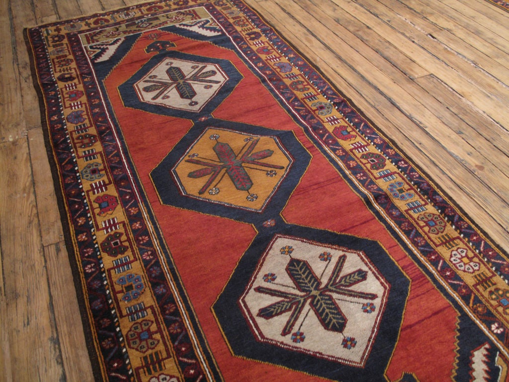 Yahyali Rug In Good Condition For Sale In New York, NY