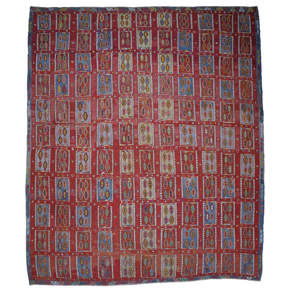 Very Large and Exceptional Antique Sivas Kilim 1
