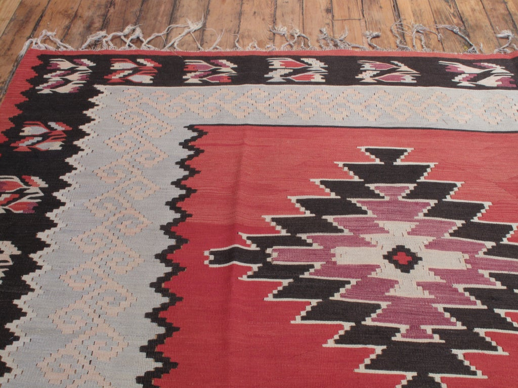 Mid-20th Century Balkan Kilim Rug For Sale