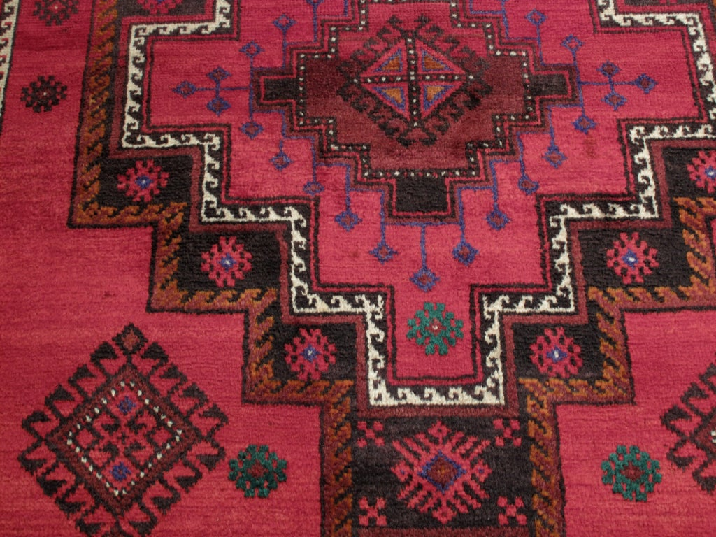 Baluch Rug In Excellent Condition For Sale In New York, NY
