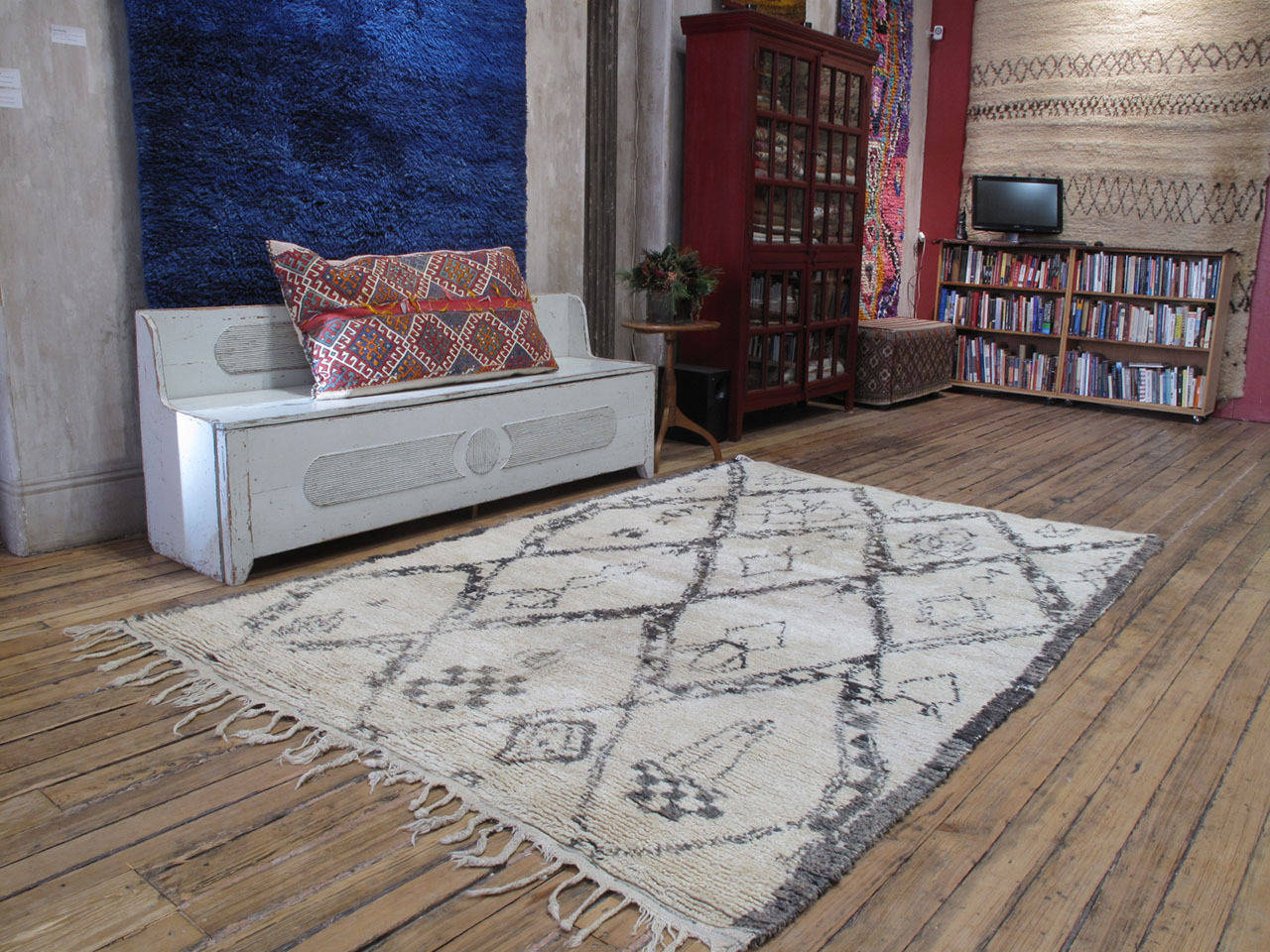 beni ouarain rug at 1stdibs. Black Bedroom Furniture Sets. Home Design Ideas
