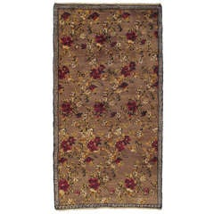 """Tulu"" Rug with Flowers and Greek Key Border"
