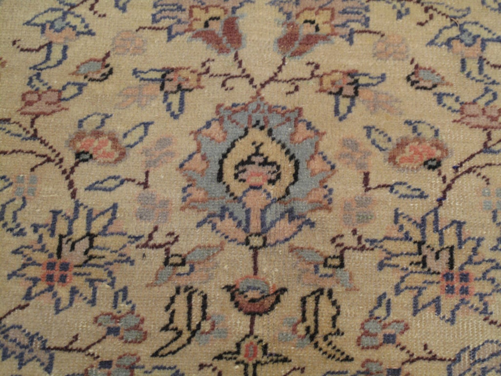Kayseri Carpet In Good Condition For Sale In New York, NY