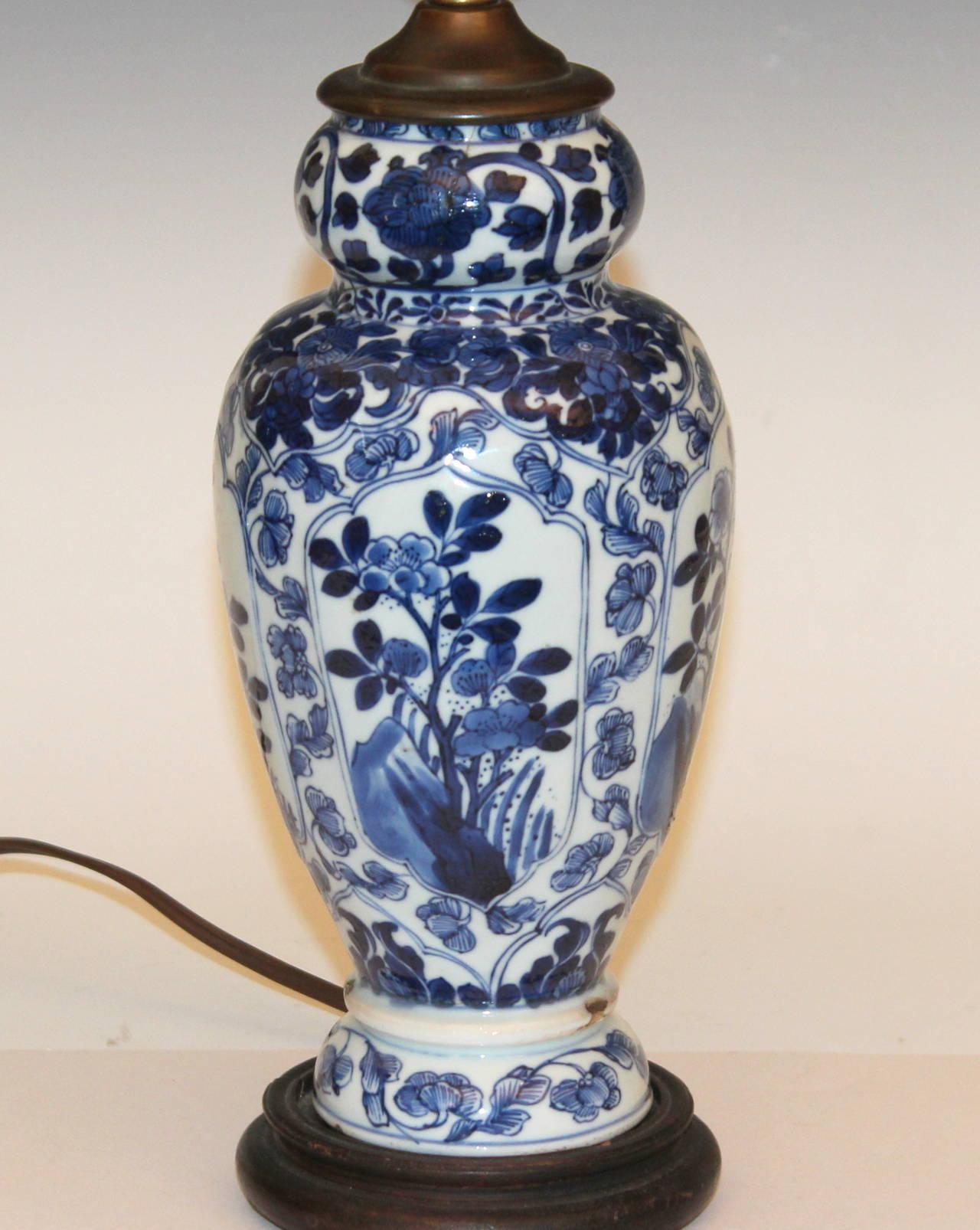 Antique chinese porcelain kangxi 18th century blue and white vase qing antique chinese porcelain kangxi 18th century blue and white vase lamp for sale reviewsmspy