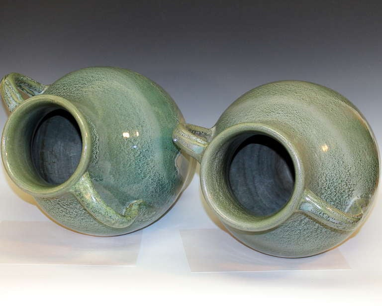 Pair large zanesville stoneware co ohio art pottery for Furniture zanesville ohio
