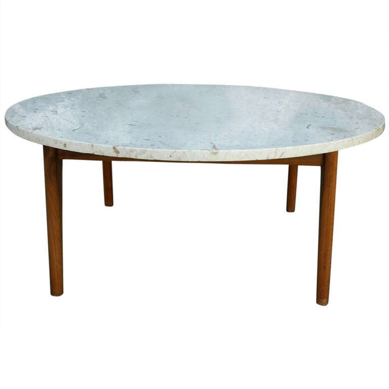 Round marble coffee table at 1stdibs Round marble coffee tables