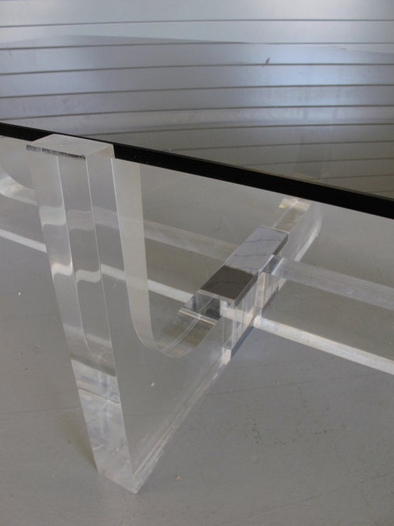 Rectangular Glass Coffee Table: Geometric Lucite Base Coffee Tabel With Rectangular Smoked