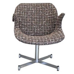 1960s Italian Curved Armchair in Brown and White Bouclé on Chrome Base