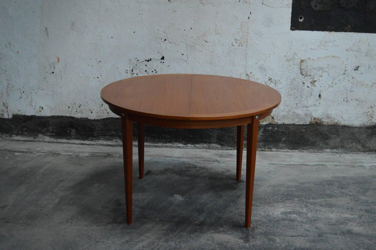 Mid-Century Modern Round Swedish Teak Dining Table For Sale 1