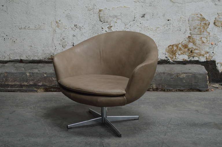 Miraculous Vintage Swedish Mid Century Leather Swivel Arm Chair Customarchery Wood Chair Design Ideas Customarcherynet