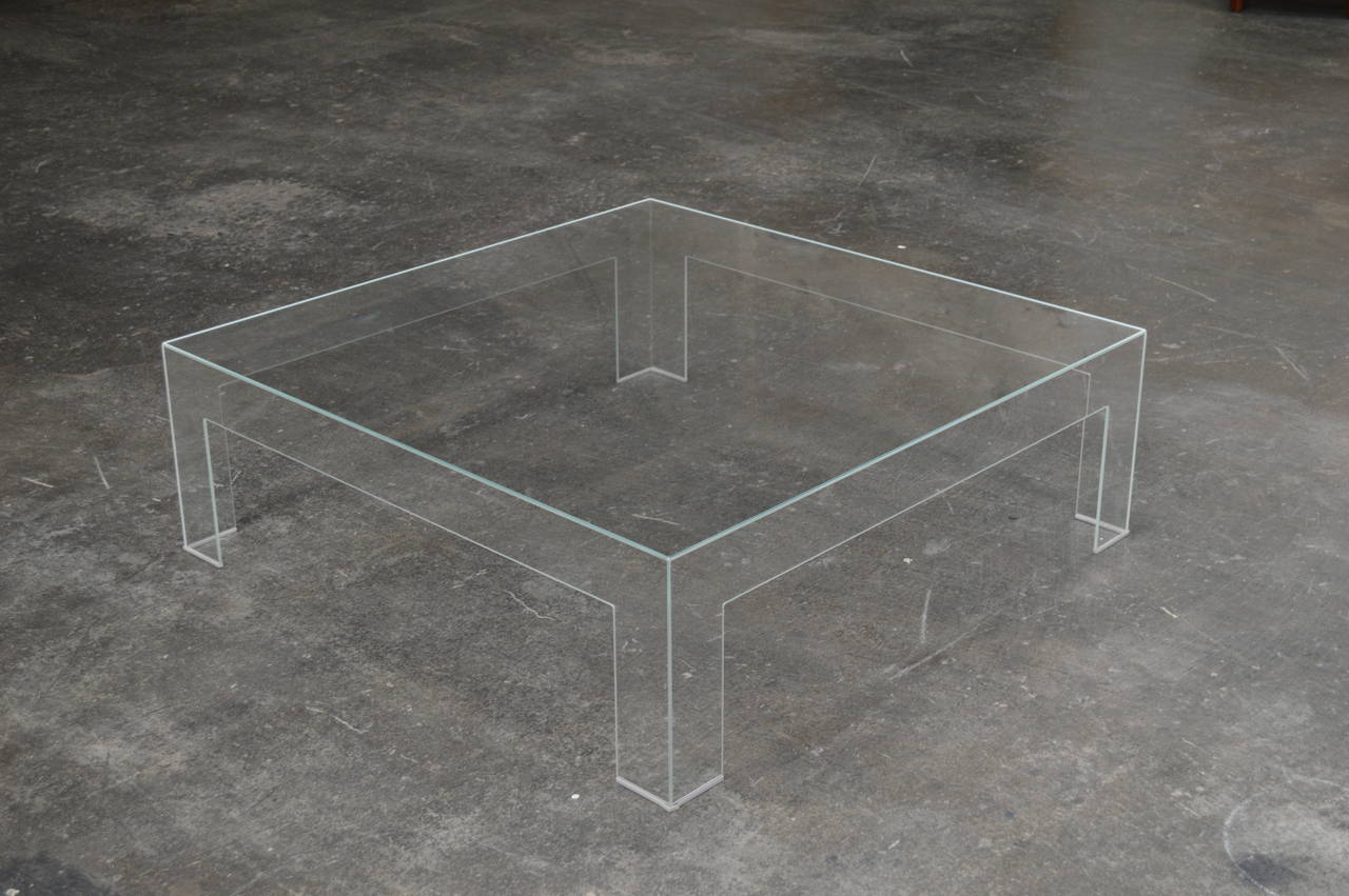 Modern Square Lucite Ghost Coffee Table. Beautiful Vintage Condition And A  Great Piece For A